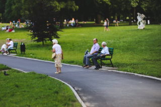 Bench-man-people-woman