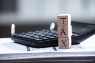 Can You Receive a Tax Deduction for Sales to Relatives or Someone Involved with the Estate